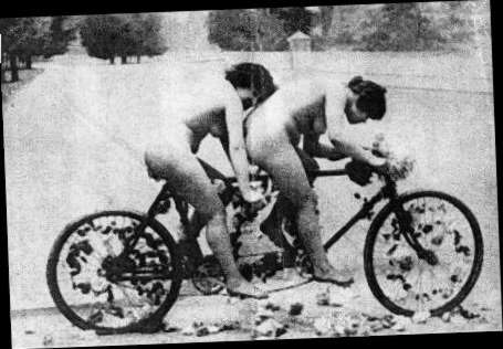 Sex On Bicycle In Pictures 4